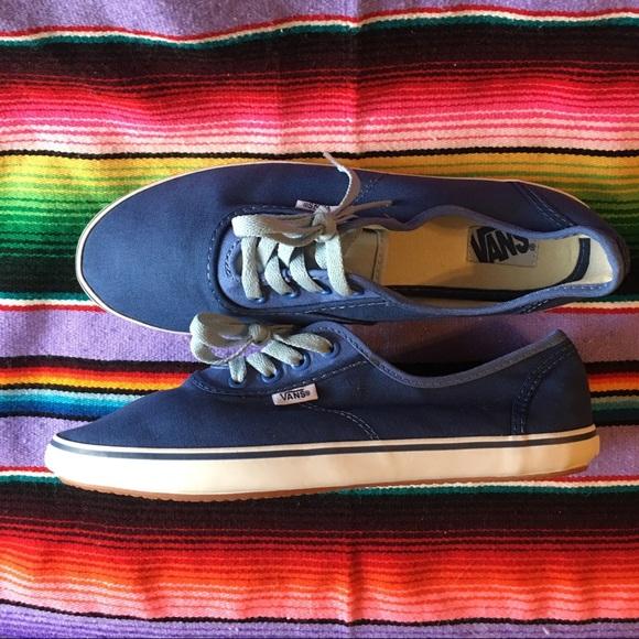 9500aca781 Color Color Color Vn0map4jb Cedar Womens Shoes Shoes Shoes Poshmark Vans  Blue Tritone 1OIqw